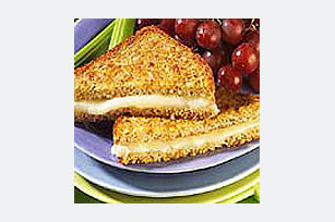 POLLY-O® Melted Mozzarella Sandwich Image 1
