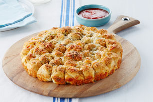 Parmesan-Garlic Monkey Bread Image 1