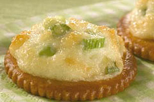 Parmesan-Onion Appetizer Rounds