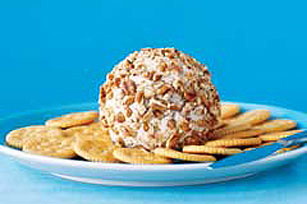 Pecan Cheese Ball Image 1