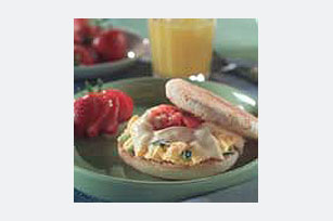 Pepperjack Breakfast Sandwich Image 1