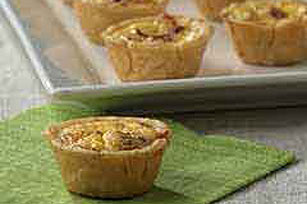 Petite Quiche Appetizers with Bacon
