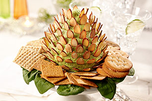 Pinecone Spinach-Cheese Spread Image 1
