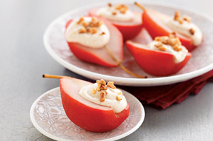 Poached Pears with Spiced Cream