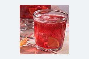 Burbujeante ponche de limonada, uva y bayas Image 1