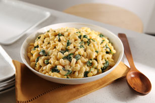 Quick & Creamy Macaroni & Cheese with Spinach
