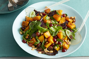 Roasted Squash and Mixed Greens Salad Image 1