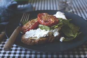 Roasted Tomato Crostini