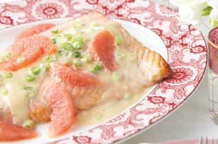 Salmon with Fresh Grapefruit Sauce