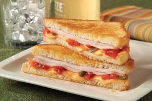 Sandwich à la dinde et à la salsa grillé Image 1