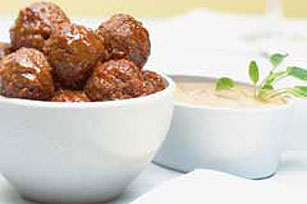Saucy Meatballs with Creamy Dipping Sauce