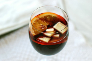Simple Fruity Red Sangria Recipe