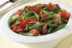 Skillet Green Beans, Tomatoes & Bacon