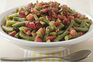 Slow-Cooked Green Beans, Tomatoes and Bacon