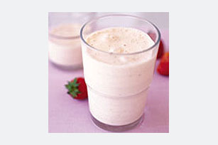 Smooth-and-Creamy Strawberry Smoothies Image 1