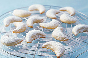 Snow-Covered Almond Crescents Image 1