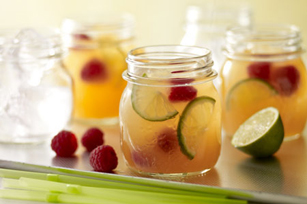 Sparkling Pink-Peach Lemonade Image 1