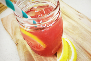 Sparkling Pomegranate Lemonade Image 1