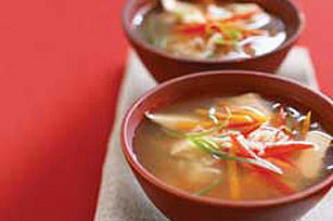 Speedy Ginger-Chicken Soup Bowls