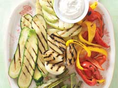Spicy Grilled Vegetables with Roasted Garlic & Jalapeño Dip Image 1