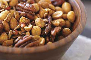 Spicy Mixed Nuts Image 1