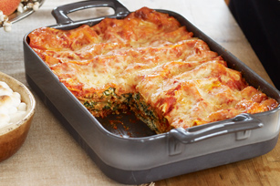 Spinach-Mushroom Lasagna with Red Pepper Marinara
