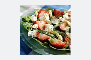 Spinach and Strawberry Salad Image 1