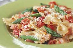 Springtime Asparagus Pasta Toss Image 1