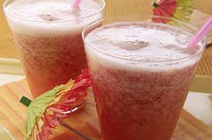Strawberry-Lemonade Summer Slushies