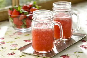Strawberry-Rhubarb Lemonade Sparkler