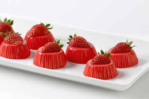 Reduced Sugar Strawberry-Yogurt Bites