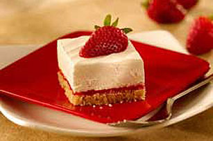 Strawberry Cheesecake Squares Image 1