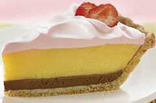 Strawberry Cream Pie Image 1