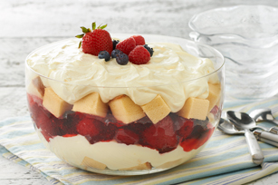 summer-berry-trifle-63830 Image 1