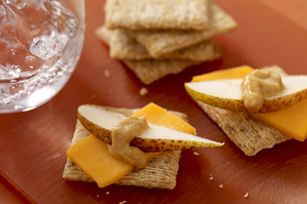 Sweet Dijon, Cheddar &  Pear Snacks Image 1