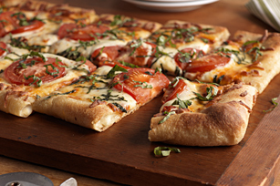 Tomato & Basil Stuffed Crust Pizza