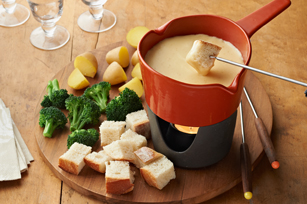 Triple-Cheese Fondue Image 1