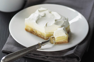 Triple Layer Banana Cream Pie Bars Image 1