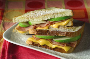 VELVEETA® Sweet & Cheesy Panini