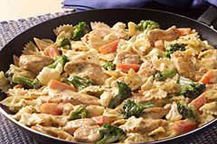 VELVEETA Chicken Giardino & Pasta Skillet