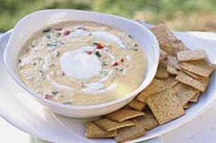 """""""Dip"""" picante de queso VELVEETA® y cangrejo Image 1"""