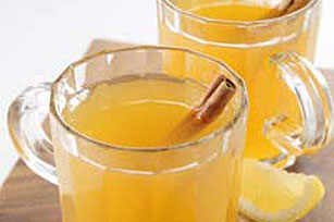 Warm Spiced Apple Lemonade Image 1