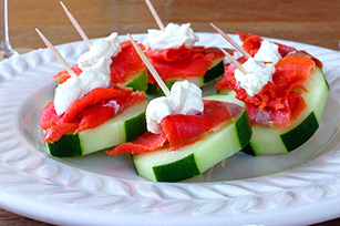 Wasabi Cream Cheese and Smoked Sockeye Salmon Cucumber Appetizers Image 1