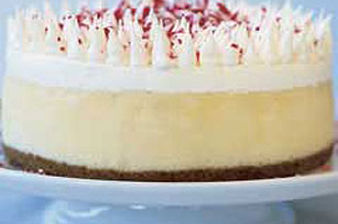 Cheesecake con chocolate blanco y bastoncitos dulces