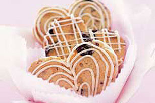 White Chocolate-Cherry Biscotti Sweethearts Image 1