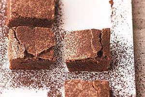 Chocolate-Chipotle Brownies Image 1