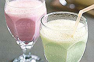 JELL-O® Magic Milk Shake Image 1