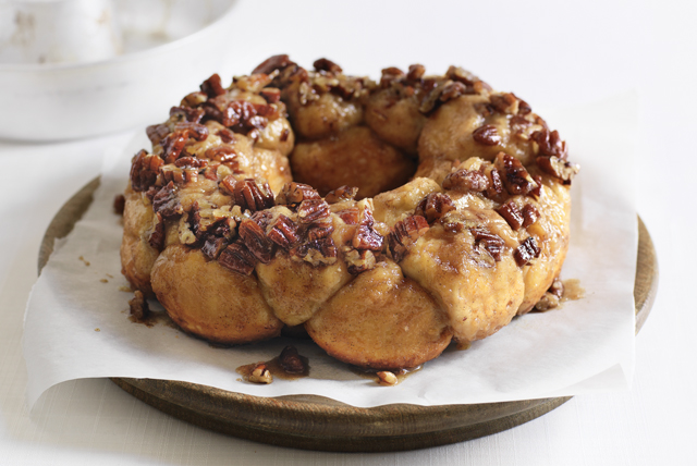 Pull-Apart Maple-Pecan Sticky Buns