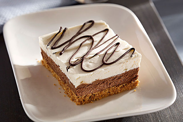 Chocolate-Layered No-Bake Cheesecake Bars Image 1
