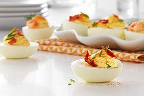 Huevos a la diabla con agregados favoritos
